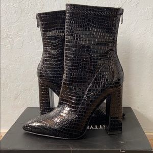 Black Faux Croc Block Heel Point Boots